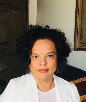 http://educacao.clinicalares.com.br/wp-content/uploads/2018/05/Dra-Patricia-300x356.jpg